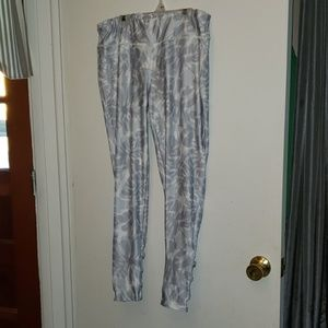 White yoga pants with grey leaf pattern